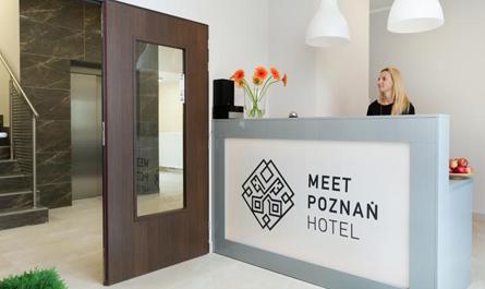 Recepcja Hotelu weekendowego Meet Poznań Hotel